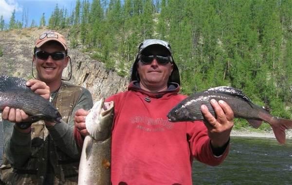 12-лучших-рыболовных-мест-Алтайского-края-Бесплатные-водоёмы-10