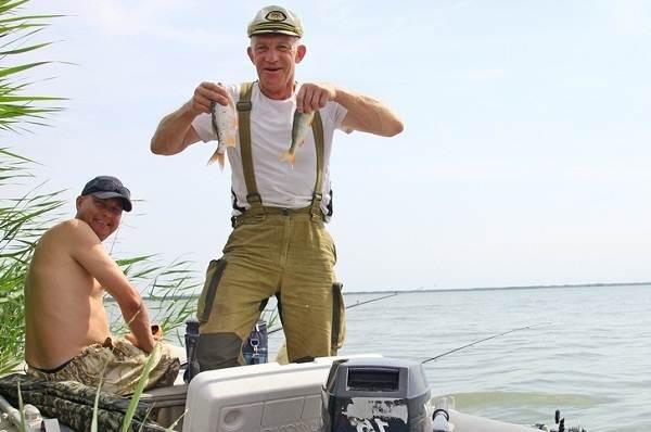 12-лучших-рыболовных-мест-Алтайского-края-Бесплатные-водоёмы-4