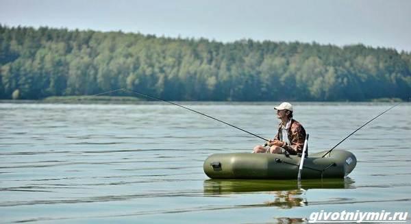 Рыбалка-с-лодки-её-особенности-плюсы-и-минусы-6